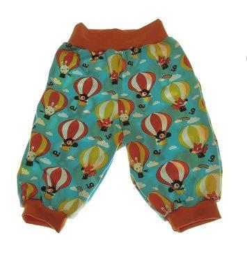 Økologiske bukser med luftballoner.