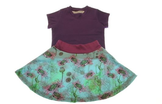 Økologisk-t-shirt-med-nederdel-98